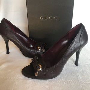 Authentic Gucci Guccissima Leather Peep Toes Pump
